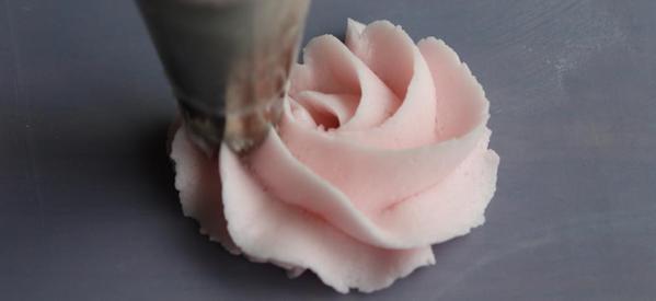 vanilla-silk-frosting