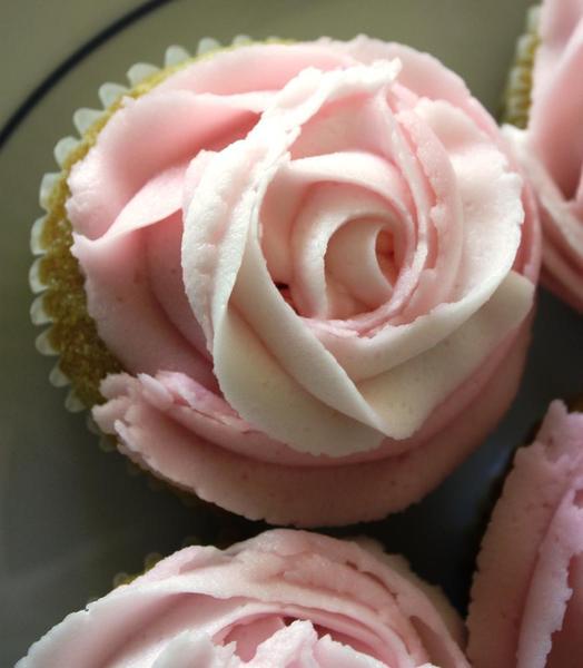 rosette-cupcakes