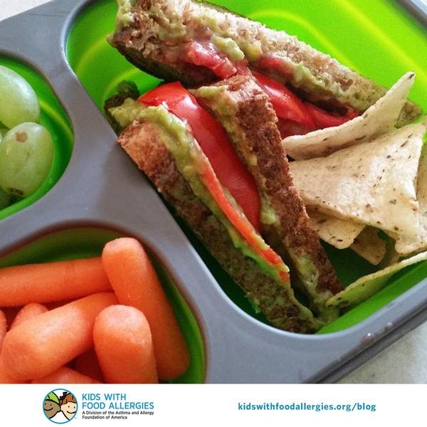 allergy-friendly-tomato-and-avocado-sandwich