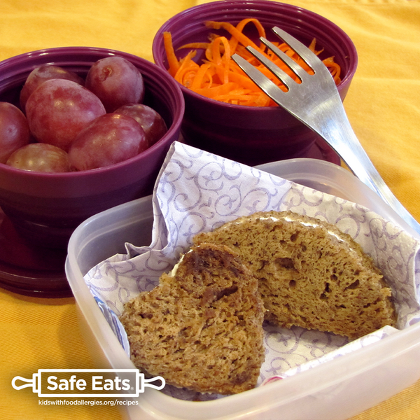 allergy-friendly lunch: carrot salad with banana bread