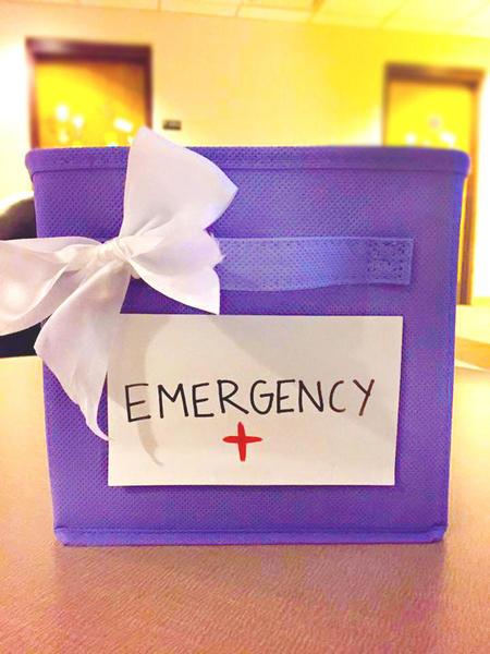 emergency-box-teen-food-allergies