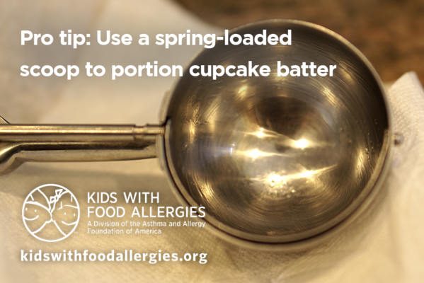 pro-tip-scoop-to-portion-cupcake-batter