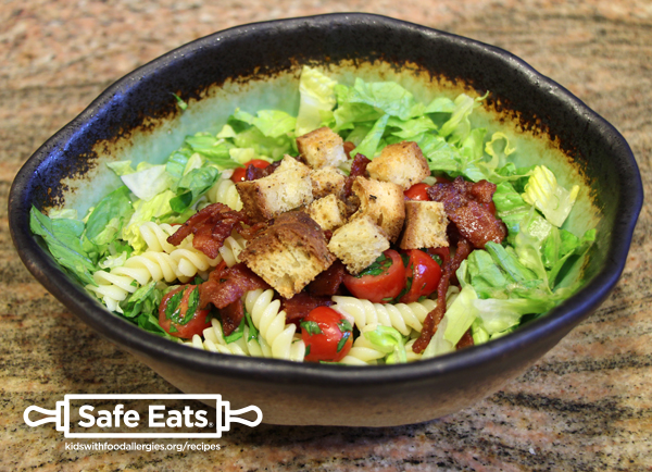 allergy-friendly-BLT-pasta-salad