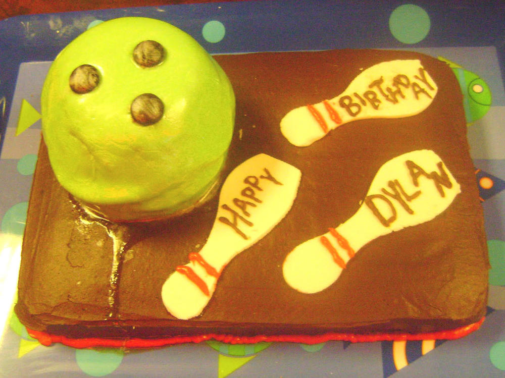 Bowling Ball Cake, allergy-friendly