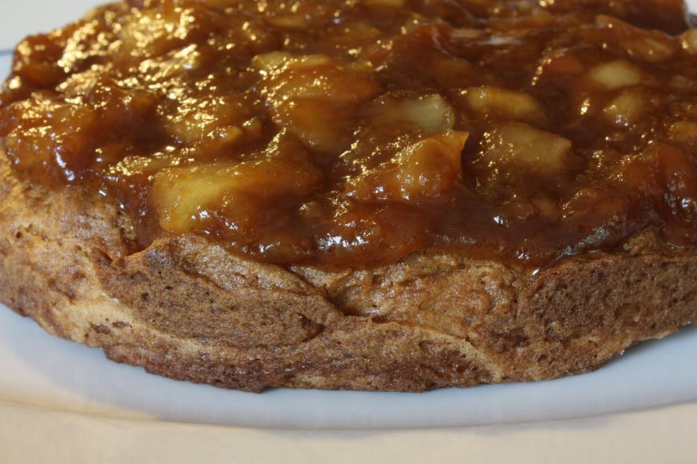 Linda Coss' Tropical Pineapple-Glazed Cake