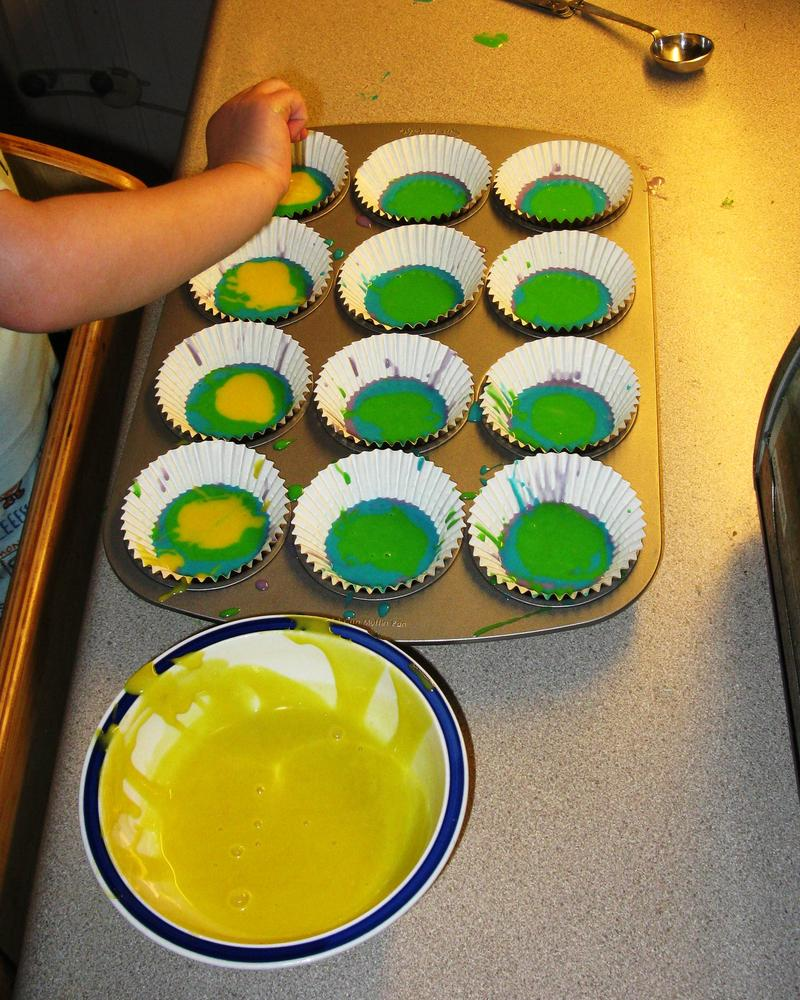 Rainbow Cupcakes (Part 1 - filling cups) - dairy, egg, peanut & tree ...