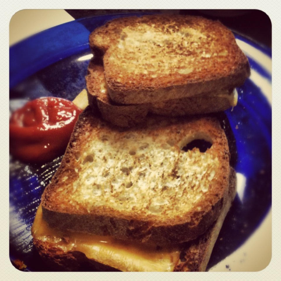 "Grilled cheese free of 6 of the ""top 8"" allergens"