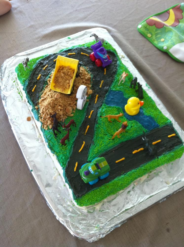 Construction Cake free of eggs, soy and nuts