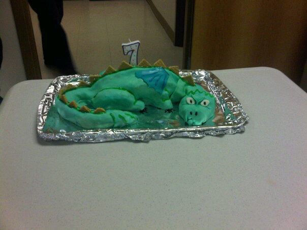 Dragon Cake: Free of peanuts, dairy, eggs and apples