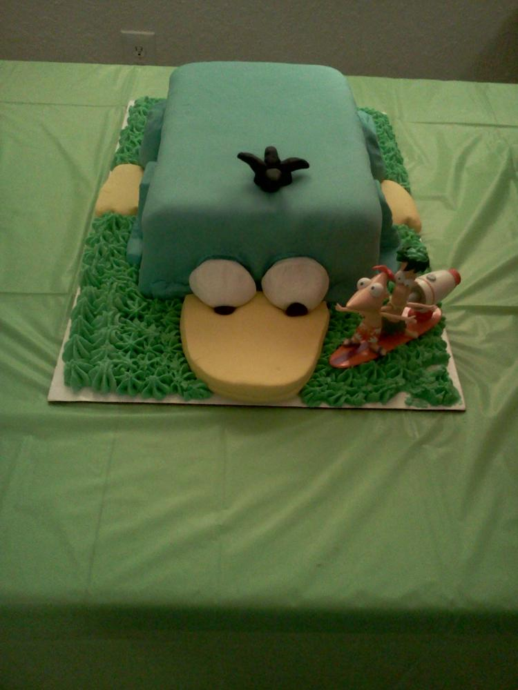 Nena's Perry the Platypus birthday cake free of of egg, peanuts and tree nuts