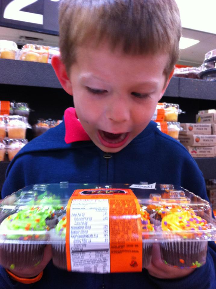 Nut free mini cupcakes at WalMart